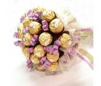 """Букет из Ferrero Rocher """"Шоколадная нежность"""""""