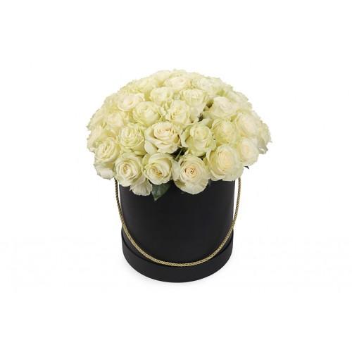 Белая голландская роза в шляпной коробке (51, 35, 25, 15)