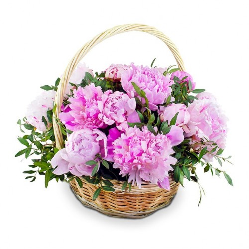 Корзина с розовыми пионами