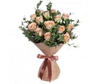 Букет изкремовых роз