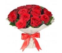 25 красных крымских роз