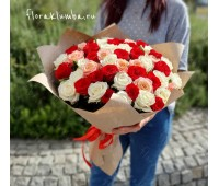 51 крымская красная, белая и розовая роза
